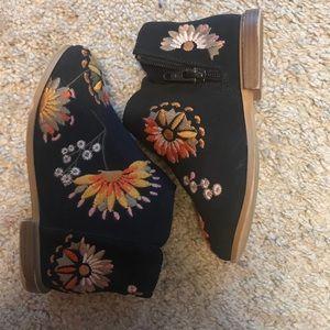 Toddler Flower booties